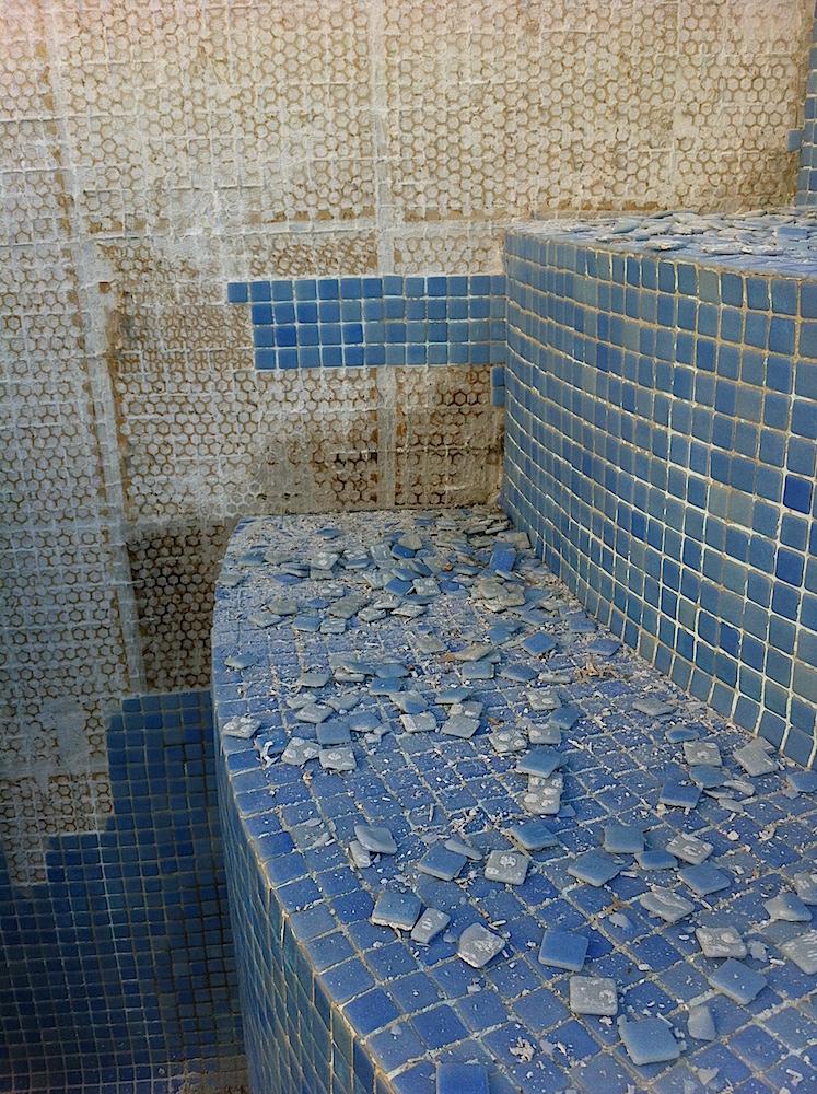 entfernung alte fliesen pool mallorca mallorca. Black Bedroom Furniture Sets. Home Design Ideas