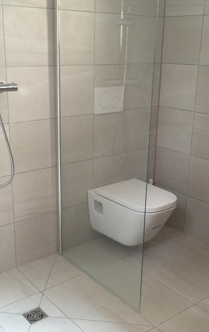 Begehbare Dusche Fußbodenheizung : Sanierung Altbau Palma  Mallorca Bauunternehmen Bau Firma Kuhlmann